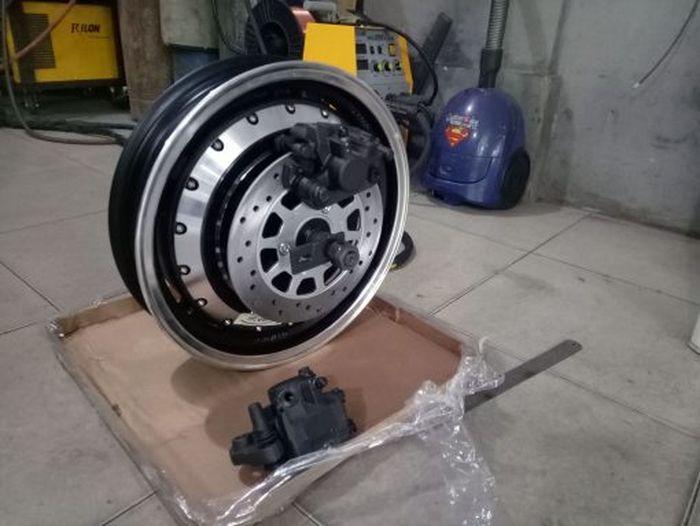 Motor hub 14 Inci QS273 V3 berdaya 8KW