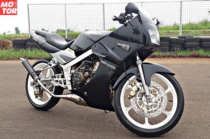 Kawasaki Ninja 150 SS milik Diki pakai pelek Honda RS125