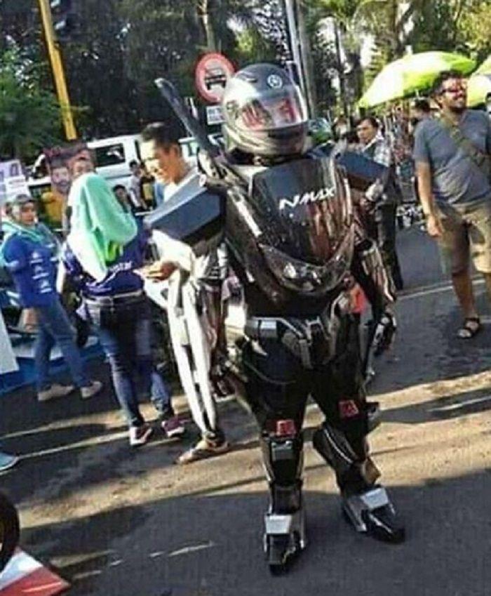 Yamaha NMAX berubah jadi Robot MAX.