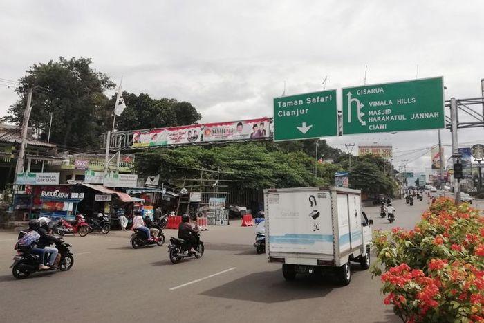 Sistem 2-1 jadi pengganti sistem buka tutup di Kawasan Puncak, Bogor.