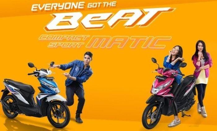 AT yang pakai huruf kapital alias besar, menandakan Honda BeAT pakai pakai transmisi AT alias Automatic.