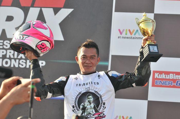 Fitriansyah Kete berhasil menjadi juara di One Prix di sirkuit Gelora Bung Tomo, Surabaya.