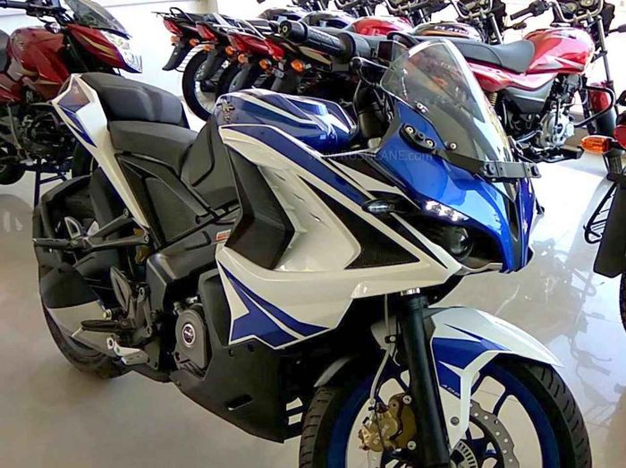 Bajaj Pulsar RS 200 ABS Dual Channel, akan meluncur di India 2020