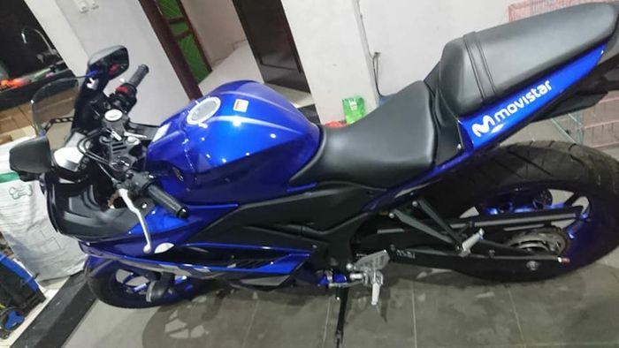 Yamaha R25 Movistar dijual murah