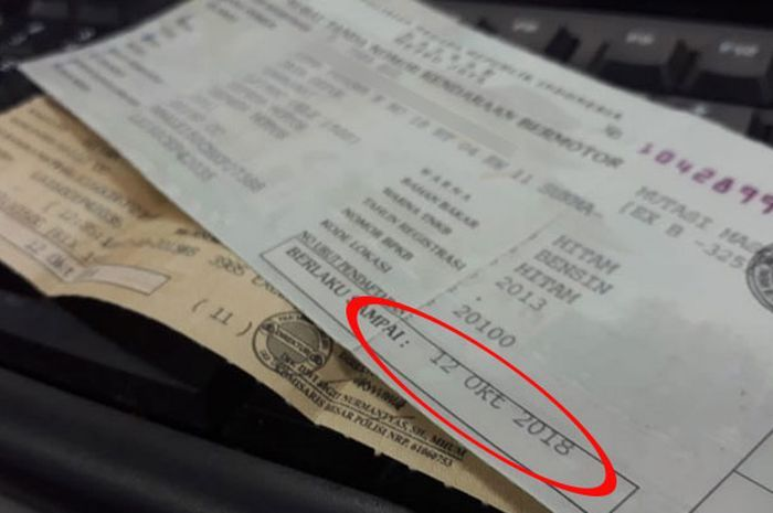 Hati-hati, STNK motor nunggak pajak dua tahun bakal langsung diblokir.
