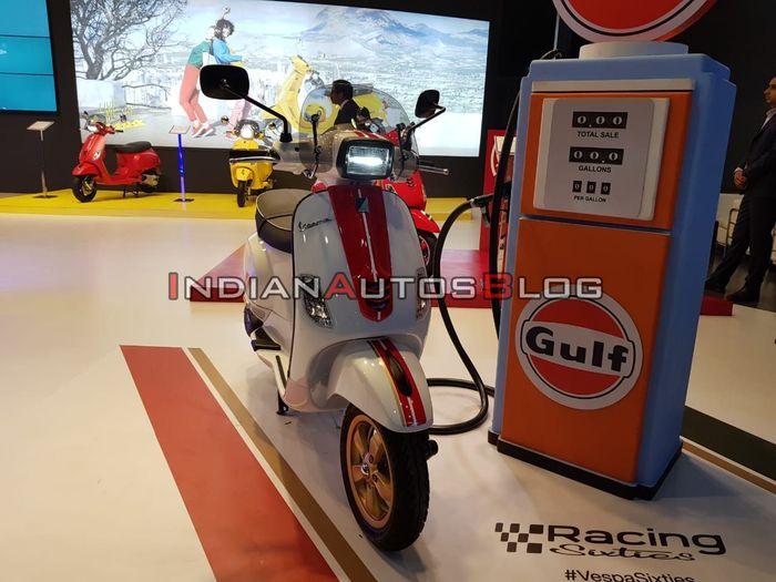 Vespa SXL 150 meluncur di Auto Expo 2020 di India