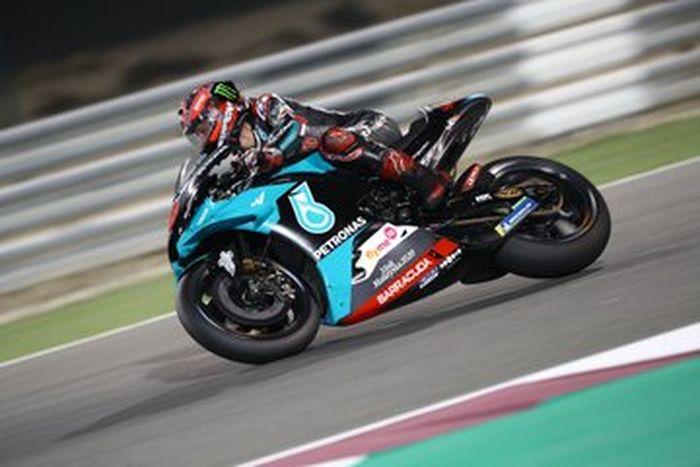 Fabio Quartararo jadi pembalap Yamaha terkencang di tes pramusim kedua setelah Maverick Vinales. Fabio Quartararo tampil perkasa di tes pramusim MotoGP Sepang