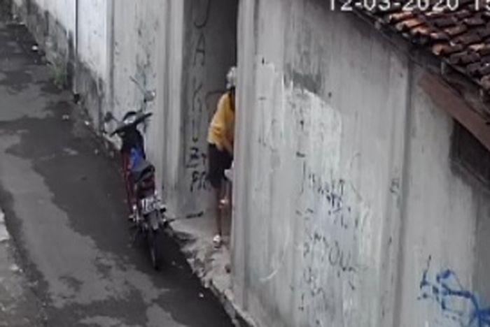 Pemotor cabul yang hendak melakukan pelecehan seksual kepada anak pempuan di Yogyakarta