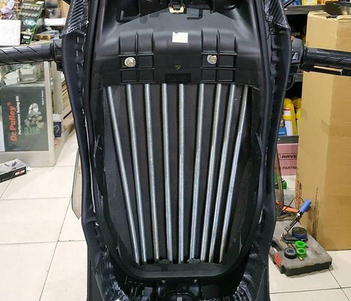 Jok custom Honda ADV150 pakai per biar lebih empuk