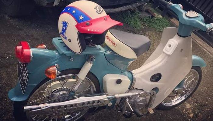 Modifikasi Honda Pispot garapan Tauco Custom.