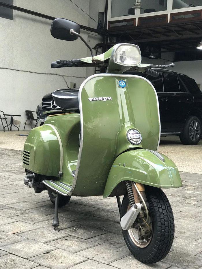 Vespa Super 150 edisi HUT ke-450 DKI Jakarta, meluncur di Jakarta Fair tahun 1978.