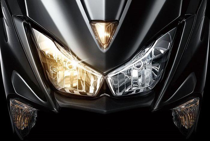 Lampu depan duallamp dan sein seperti Yamaha NMAX