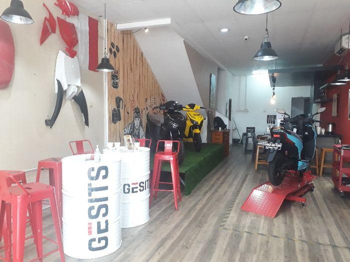 Dealer resmi Gesits di Karang Tengah, Lebak Bulus, Jakarta Selatan