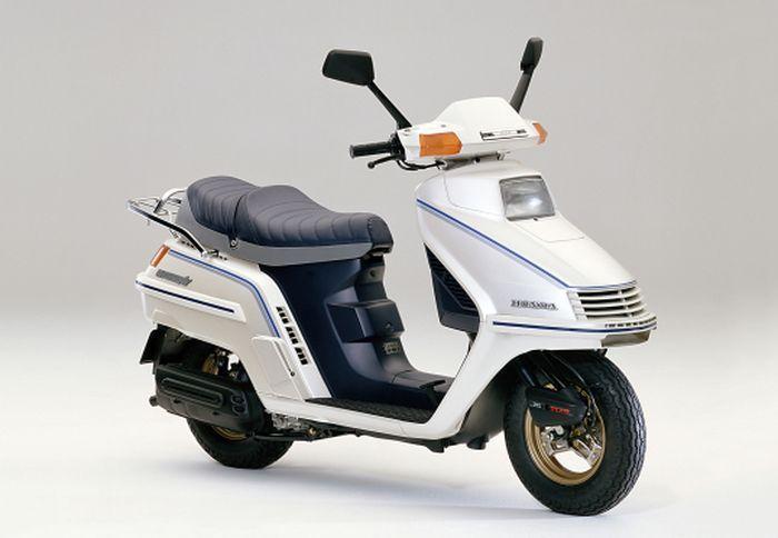 Honda Ternyata Pernah Bikin Spacy 244 Cc, Desain Jadul Tapi Keren