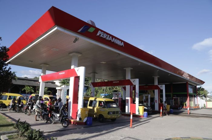 Ilustrasi SPBU Pertamina. Pertamina kasih diskon harga bensin Pertamax jadi Rp 8 ribuan per liter, ini daftar SPBU-nya