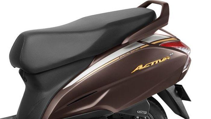 Honda Activa 6G 20th Anniversary Edition.