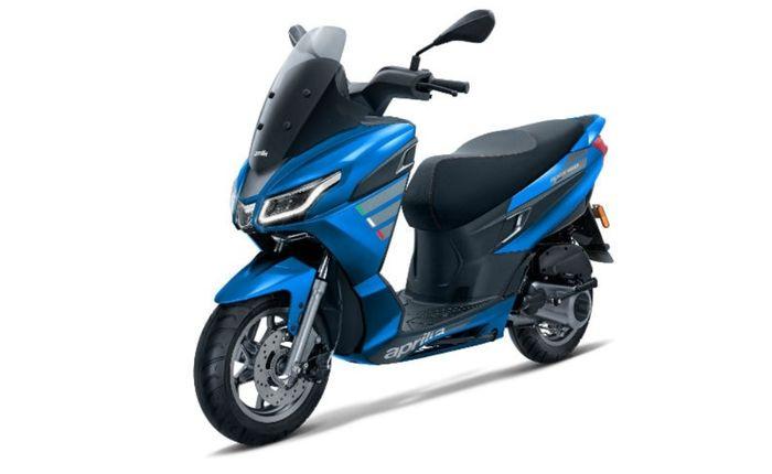 Aprilia SXR 160 warna biru. Skutik maksi ini dijual sekitar Rp 24 jutaan.