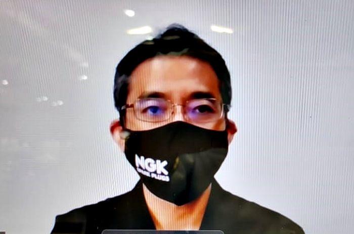 Hisaki Kato merupakan Presdir NGK Busi Indonesia tahun 2016 - 2021