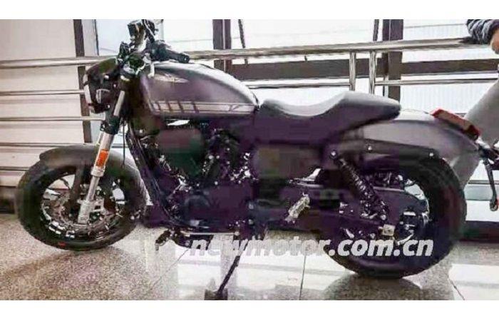Qianjiang SRV 300, dipercaya bakal jadi basis Harley-Davidson 300.