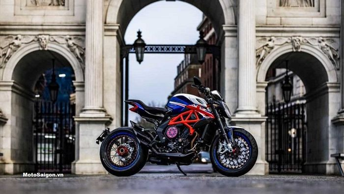 MV Agusta Dragster 800 London Special 2021.