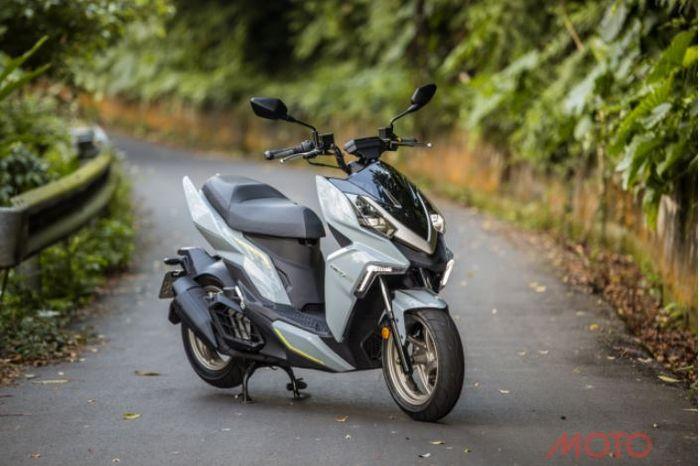 SYM DRG 158, motor matic baru dengan tampilan sporty.
