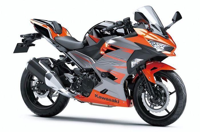 Kawasaki memulai produksi massal New Ninja 250 pada bulan ini