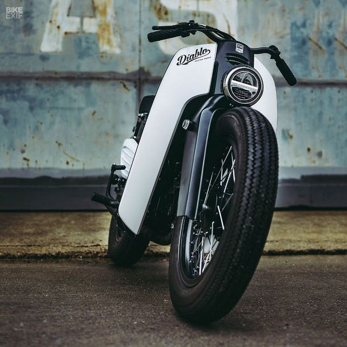 Honda Super Cub 2018 custom street cub dari K-Speed