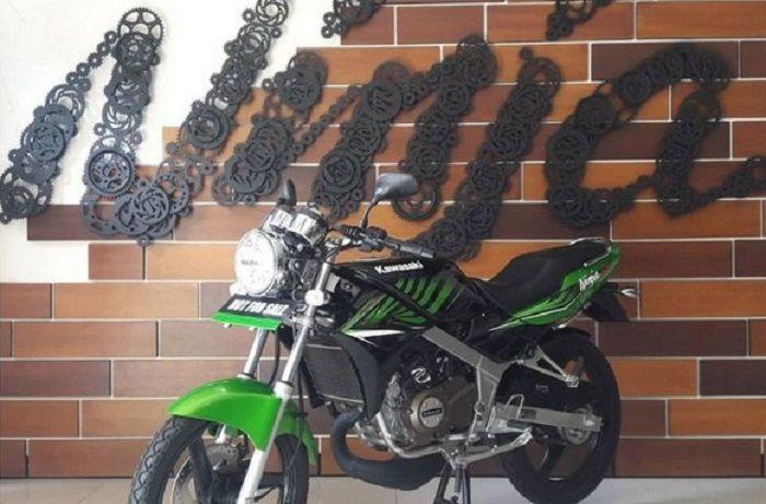Kawasaki Ninja SS