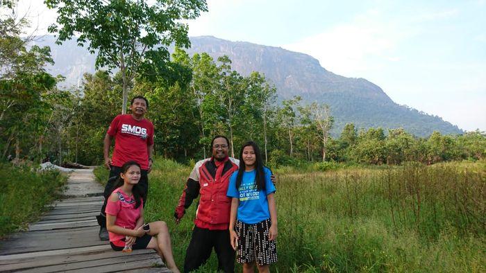 Salah satu momen dalam Ekspedisi Memotong Kalimantan