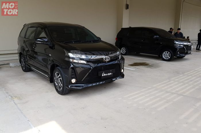 Asyik! Selisih harga mobil baru Toyota Avanza Veloz jauh lewatin Yamaha NMAX, begini hitungannya.