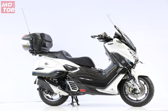 Yamaha NMAX pemenang Best Touring Look Customaxi Surabaya