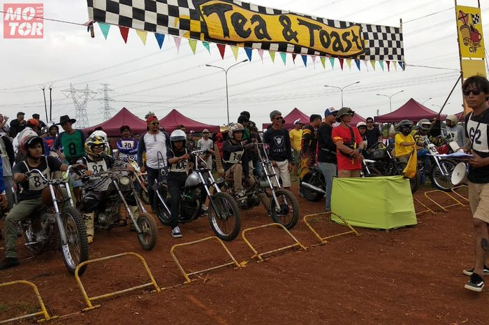 Ajang cakar tanah motor kustom klasik Tea & Toast, Vintage Custom Fun Dirt Race pesertanya membeludak