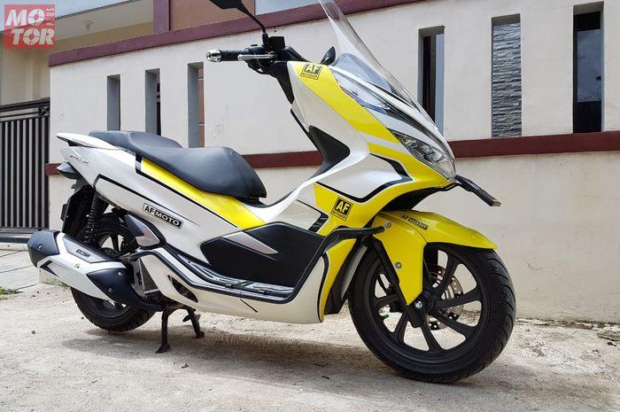 Part bodi karbon buat Honda PCX