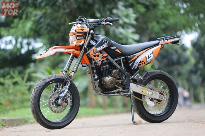 Kawasaki D-Tracker 150 Supermoto Wanita IF Garage