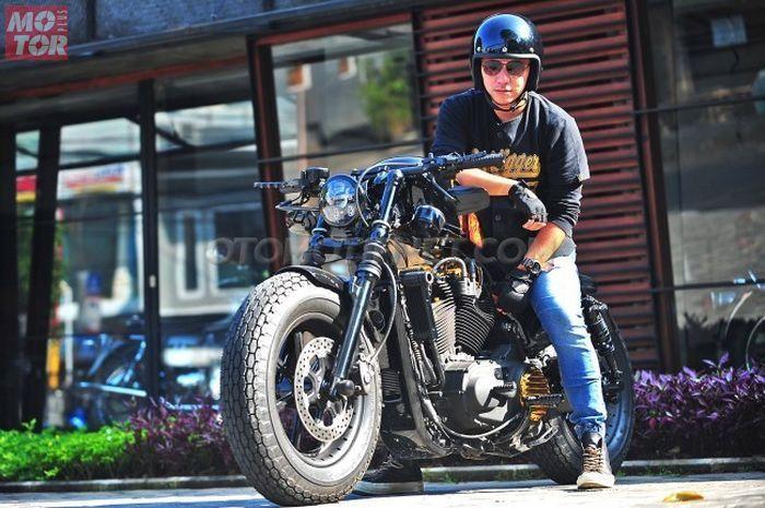 Gading Marten bersama Harley-Davidson Sportster Forty-Eight miliknya