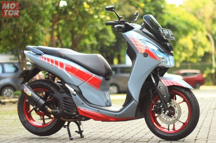 Yamaha Lexi modifikasi ala XSR 900 Abarth Edition