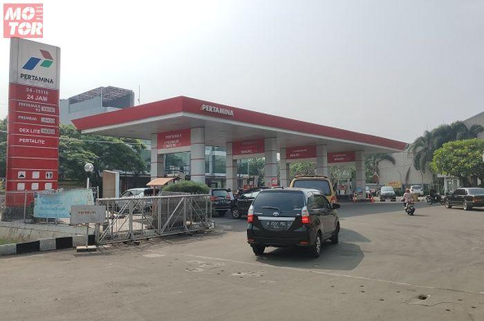 Harga bensin di SPBU Pertamina turun mulai Minggu (5/1/2020).