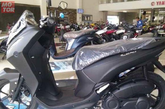 Bayar Rp 700 ribu bisa bawa pulang Yamaha Lexi baru.