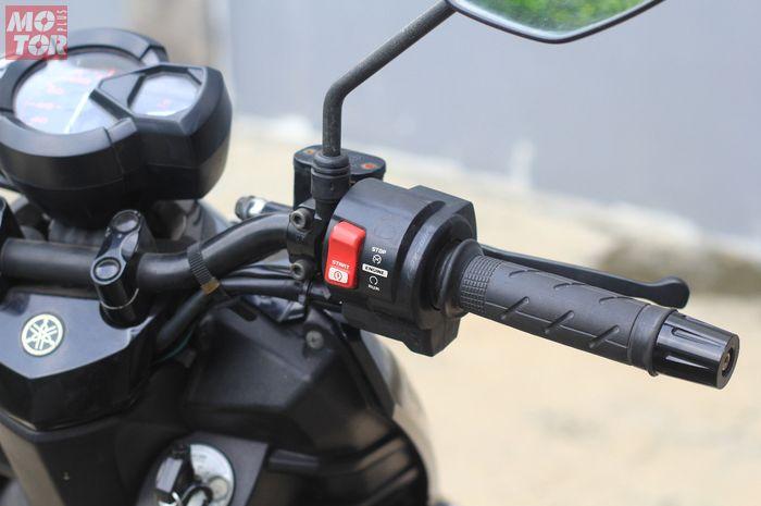 Seperangkat selongsong gas Yamaha X-Ride dengan saklarnya pakai milik Honda CBR250RR