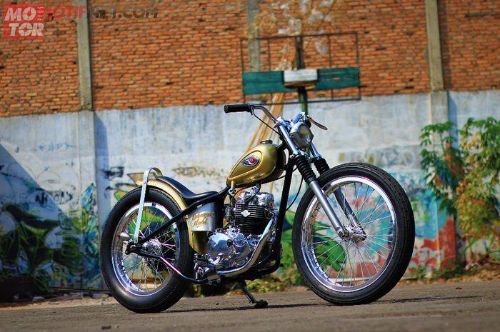 Kawasaki W175 garapan Tole Motorworks di-custom bergaya Chopper Inggris.