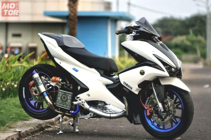 Modifikasi Yamaha Aerox, tampil elegan dan sporty.