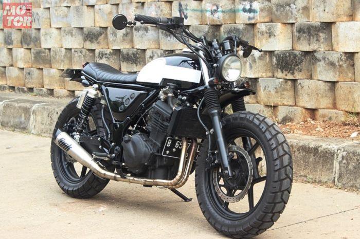 Modifikasi Kawasaki Ninja 250R milik selebgram cantik, Lafina Philipe