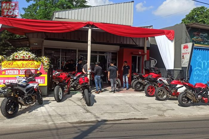 Ducati Superbike Owners Store