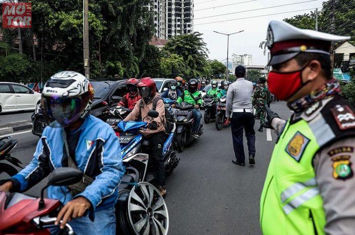 PSBB Transisi Diperpanjang Sampai 8 November, Bikers Bingung Apa Ganjil Genap Masih Berlaku?