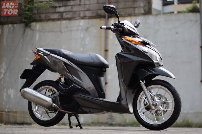 Vario 125 pakai knalpot aftermarket untuk Honda SH150i, modal Rp 7,5 jutaan namun ada tapinya sob.