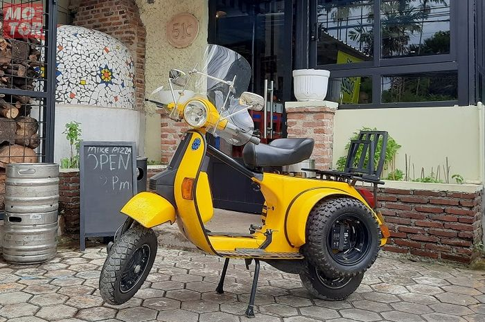 Modifikasi motor Vespa Exclusive 2 untuk touring pulang kampung ke Italia.