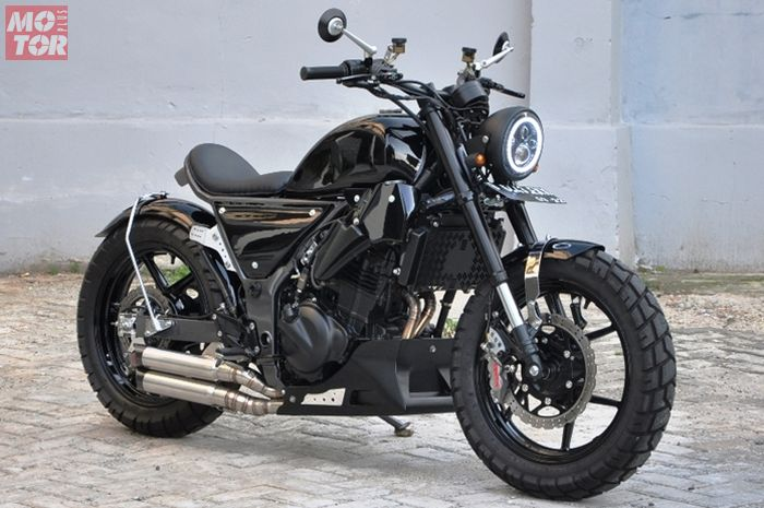 Kawasaki Ninja 250 jadi bobber garapan Batakastem