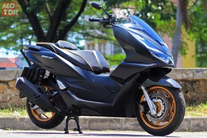 Honda PCX 160 modifikasi garapan Kedai Riders