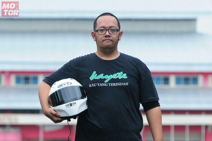 DEF Workhshop, melayani jasa cuci helm full face model on road hingga off road