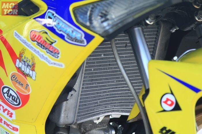 Radiator motor kinclong lagi pakai sitrun
